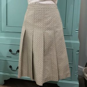 Theory Size 4 pleated skirt